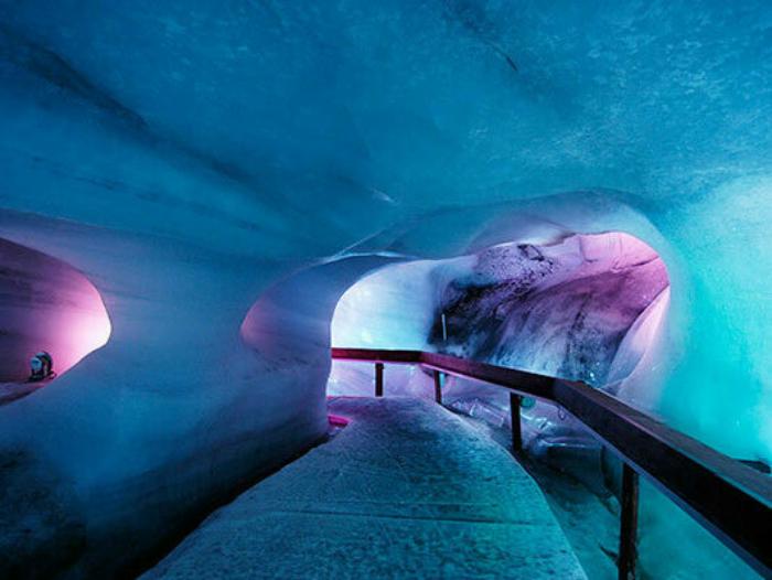 200707 Gletschergrotte03 klein