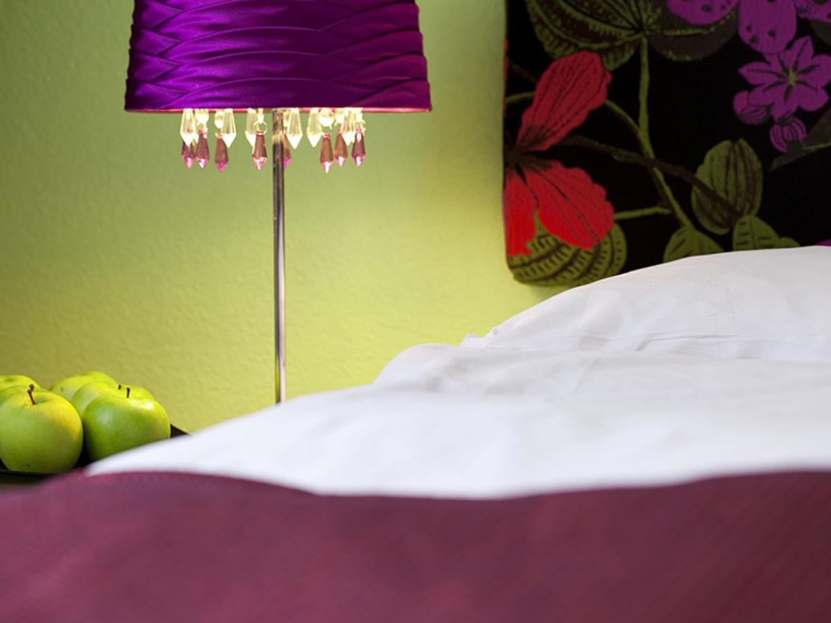 Classic Hotel Stanserhof 3 Bett Zimmer Detail 4 3